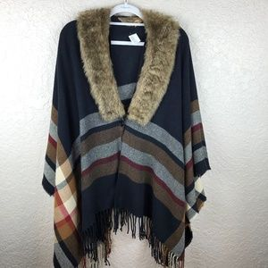 Sweaters - Striped poncho with fur collar